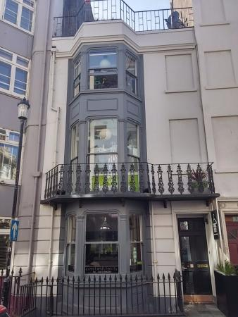 Guest and the City: Nice exterior and you could see the stained glass from the featured rooms