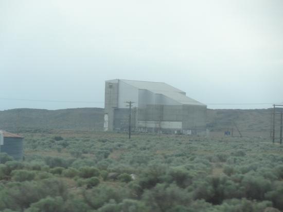 Richland, WA: Mothballed Reactor D near Reactor B