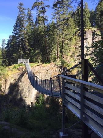 Campbell River, Kanada: Suspension Bridge at Elk Falls