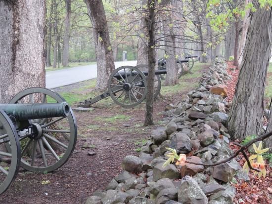 Gettysburg National Military Park: One of many reminiscent scenes of a battle.