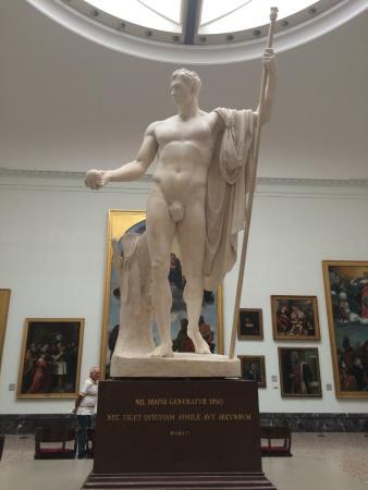 Pinacoteca di Brera : nil maius generatur ipso nec uiget quicquam simile aut secundum