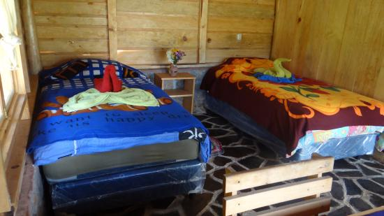 San Juan la Laguna, Guatemala: Libelula and Oruga, you can choose for your room either one double bed or 2 single beds.