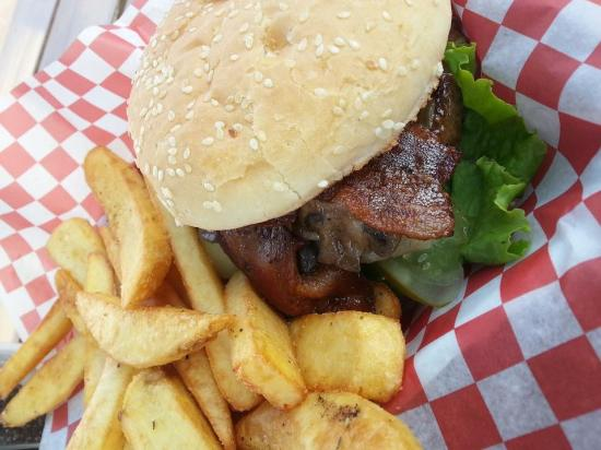 Williams Lake, Canada: Another best Burger