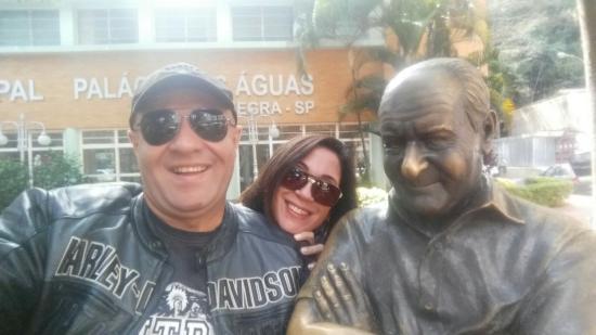 Ronald Golias Statue