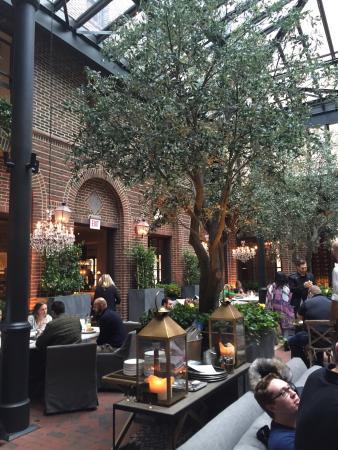 restoration hardware chicago gold coast restaurant reviews