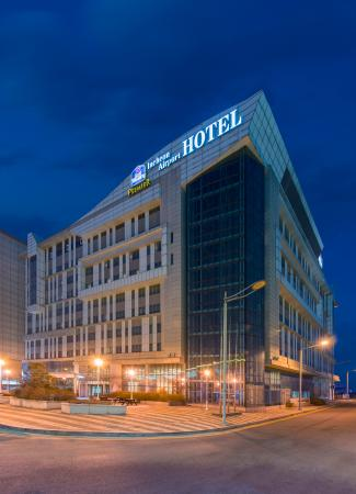Best Western Premier Incheon Airport