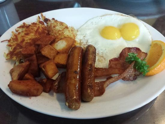 Photo of American Restaurant Figs Breakfast Lunch at 344 Queen St E, Toronto M5A 1S8, Canada