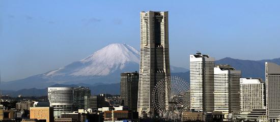 Yokohama Royal Park Hotel: ホテル外観