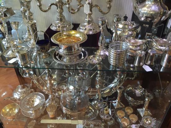 Bernardi's Antiques