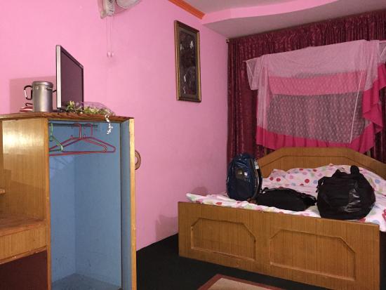 Ratna Hotel : photo2.jpg
