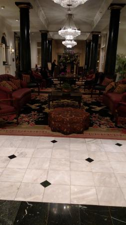 Bourbon Orleans Hotel: Front Lobby