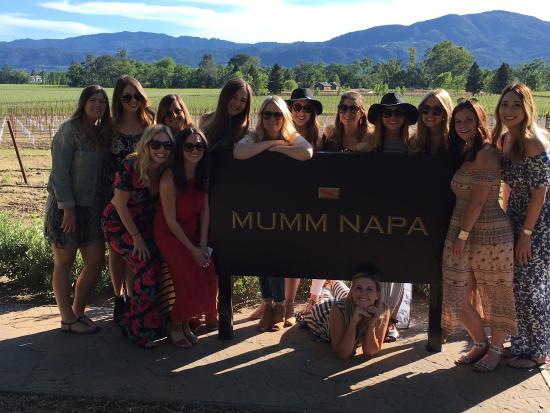 Danville, CA: Mum Napa-new friends/old friends
