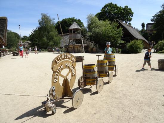Parc du Radôme : ATTRACTION