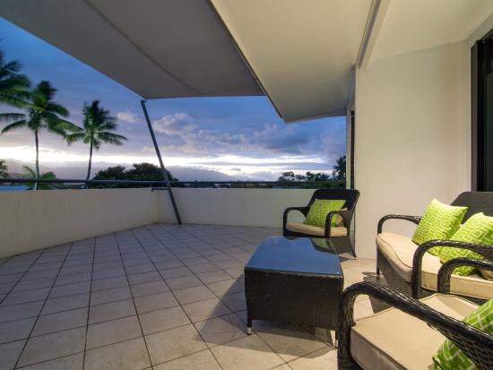 Saltwater Luxury Apartments: 3 Bedroom Penthouse Balcony