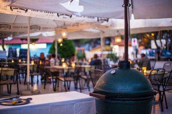 Nerezine, Kroatien: Open terrace