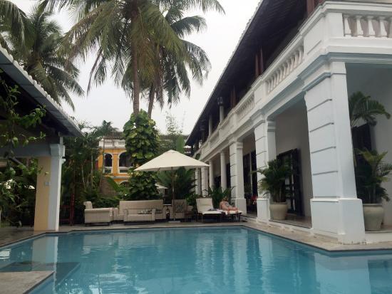 Ha An Hotel: The swimming pool