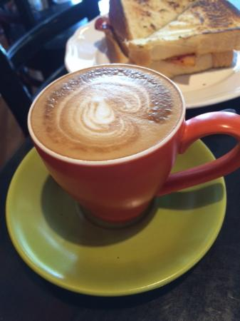 Drouin, Australia: Strong coffee