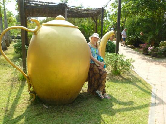 Herb Garden Pattaya: ЧАЙ И ЧАЙНИК НЕ ОТДЕЛИМЫ ДРУГ ОТ ДРУГА