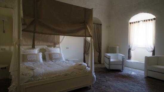 Vasca Giardino Pietra : Suite con vasca idromassaggio bild von giardini di pietra