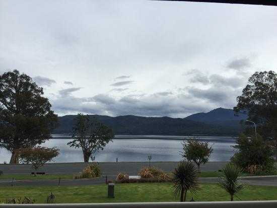 Fiordland Lakeview Motel and Apartments: photo1.jpg