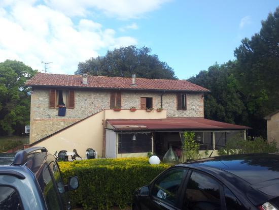 Locanda Il Boschetto: La struttura alle 08.00