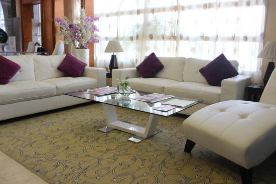 Al Seef  Hotel : Lounge Area