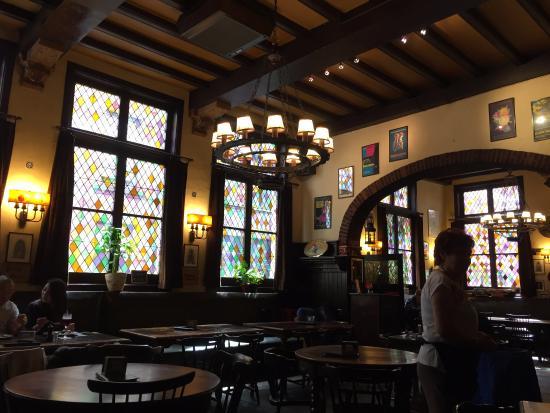 gezellig interieur - Picture of Cafe Quinten Matsijs, Antwerp ...