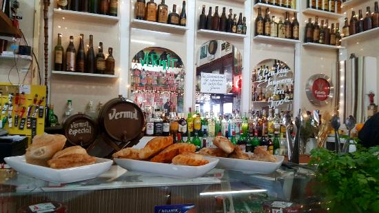 El loquillo barcellona barceloneta ristorante for Case vacanza barceloneta