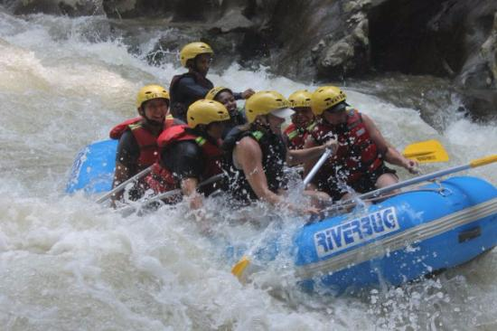 Ulu River Lodge: Whitewater rafting - Medium