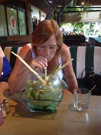 Stadium Cafe Kuta: Mojito Fish Bowl Cocktail for 3-4 people - or just 2!!