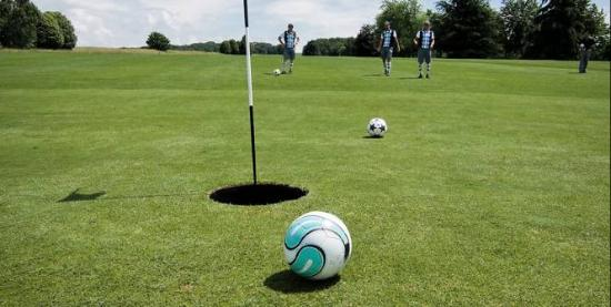 Sittingbourne, UK: Play Footgolf