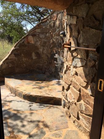 Madikwe Game Reserve, Sudáfrica: Outside shower