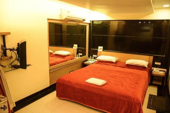 Photo of Hotel Metro Palace Mumbai (Bombay)