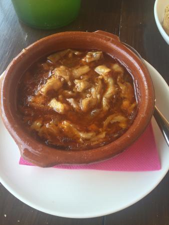 Aller, España: No hace falta encontrar a un masterchef para disfrutar comiendo . Un diez para Manolo y para Raq