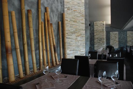 Basiglio, Italia: Kurama Restaurant - tavoli