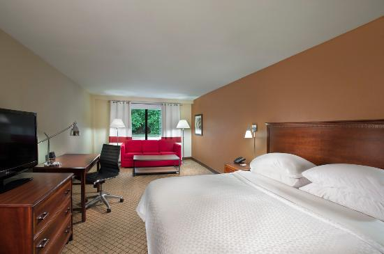 Four Points by Sheraton Kansas City - Sports Complex : guest room