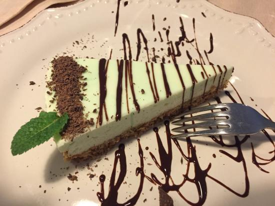 Vecchiano, Italia: Osteria Come Vi Pare - Cheesecake menta e cioccolato
