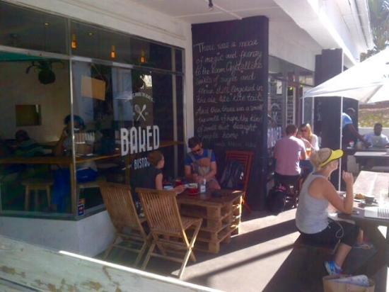 Baked Bistro: Outside seating