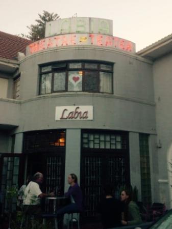 The Labia : Exterior
