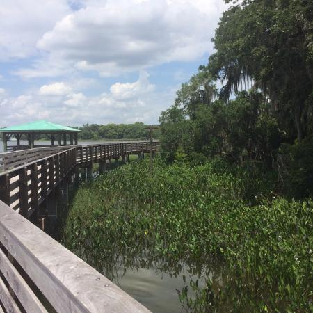 Christopher's Inn: Boardwalk at Lake Dora