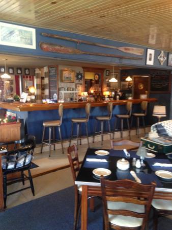 Verona Beach, Nova York: Our cozy nautical inspired cafe!