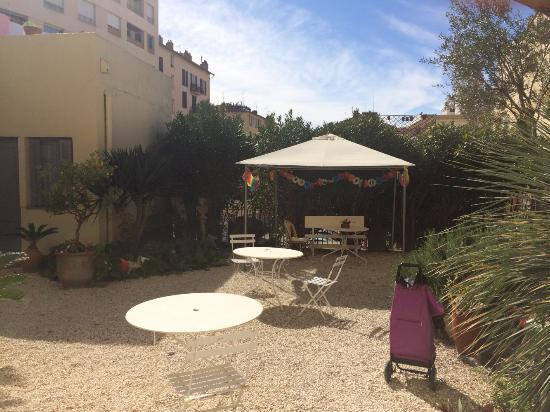 Clair hotel picture of clair hotel nice tripadvisor for Hotel clair meuble nice