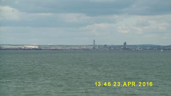 Three Buoys Restaurant: The view across the Solent to Portsmouth - fine even on a grey day