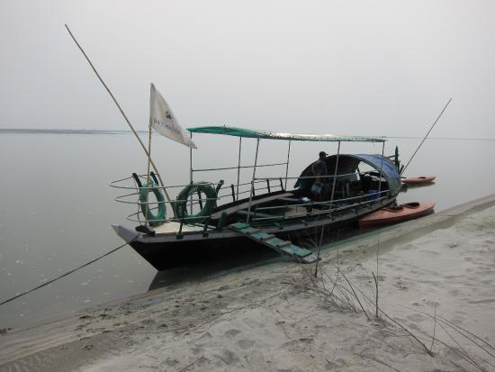 RuKmini Island: Your boat ma'am