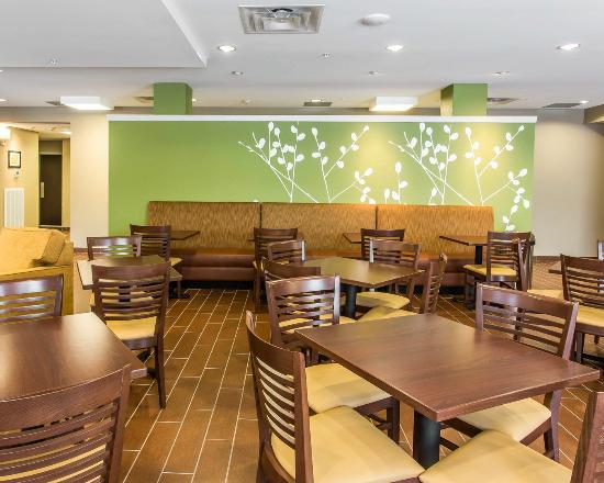 Dayton, TN: Breakfast Room