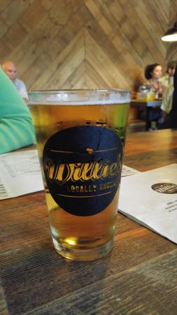 Willie's Locally Known: Good beer