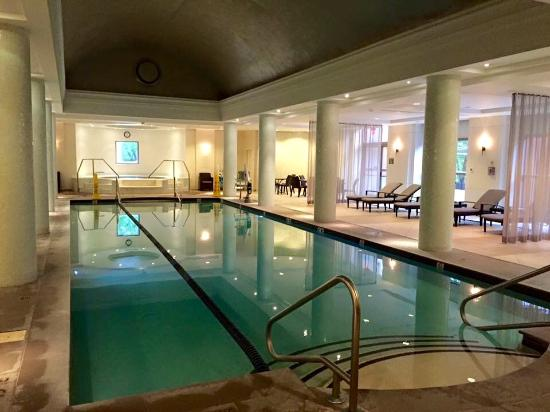 Short Hills, NJ: Beautiful heated indoor pool