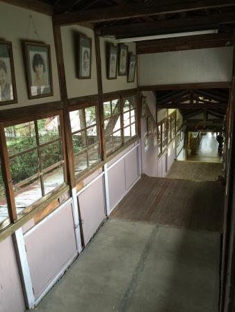 小学校 旧 上岡
