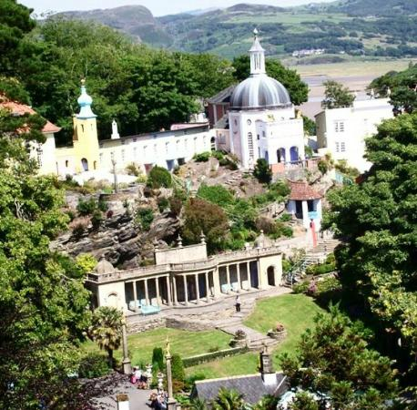 Hotels Near Portmeirion