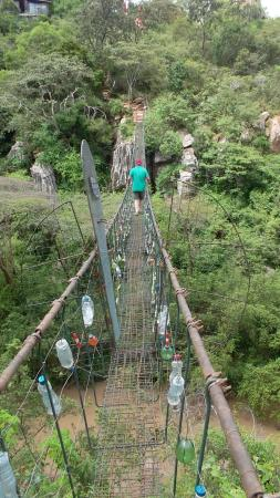 Silole Sanctuary: Rope bridge within walking distance of the Sactuary. Not for the nervous